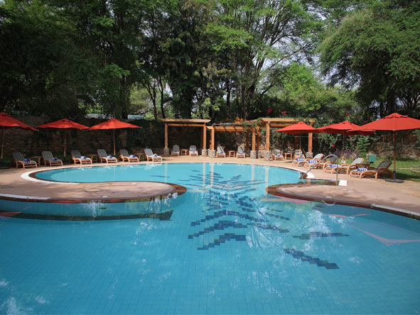 Experience Kenya Private 4x4 Safari - Swimming pools