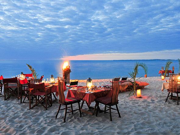 Benguerra Island - Alfresco dining