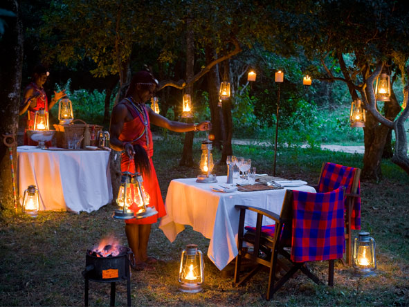 Bateleur Camp - Alfresco dining