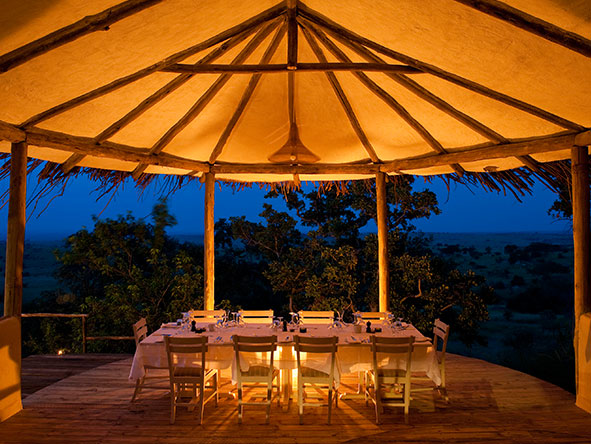 Lamai Serengeti Main Camp - dinner