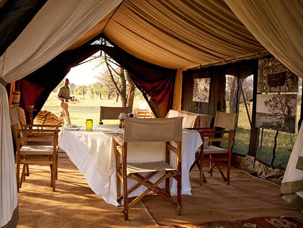 Kusini Serian Serengeti Mobile - dining