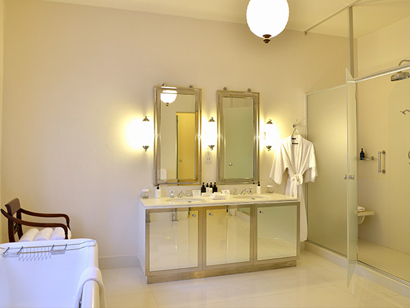 Bathroom of Presidential suite