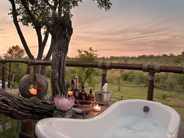 Royal Madikwe - outdoor bath