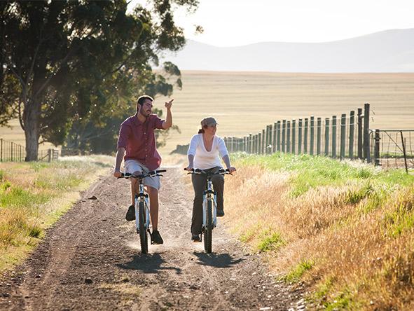 Bartholomeus Klip - biking
