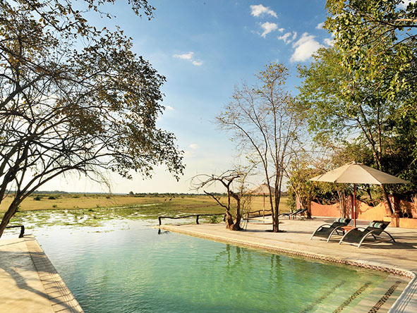 Kafunta River Lodge - pool