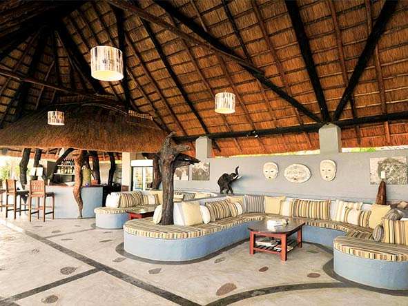 Kafunta River Lodge - lounge