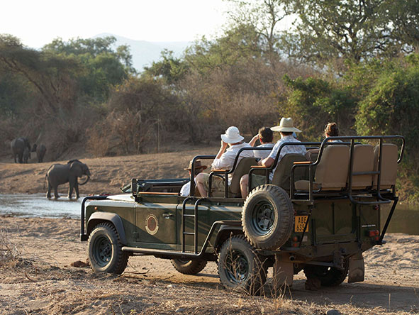 Three Sanctuaries Safari in Zambia - game drive