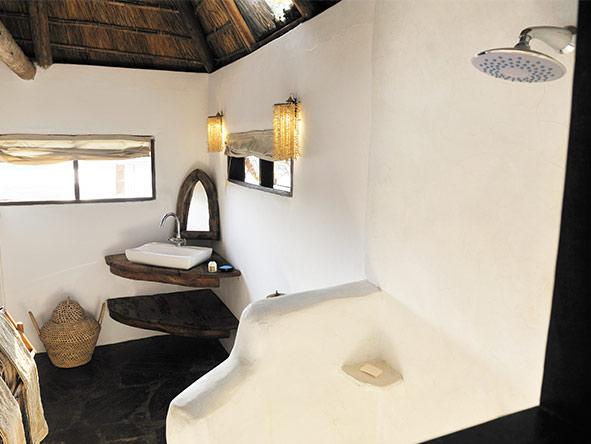 Kaingo bathrooms