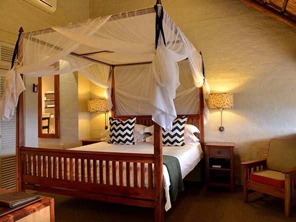 Victoria Falls Safari Lodge - room