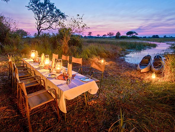 Unique dinner venues are the order of the day on a mobile safari.