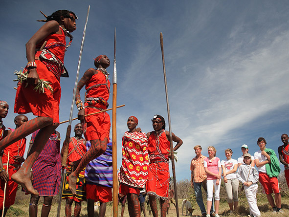 Guests at a Saruni camp also enjoy cultural highlights such as the famous Masaai 'jumping dance'.