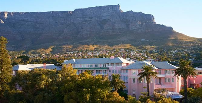 Top 5 places in Africa to Pop the question