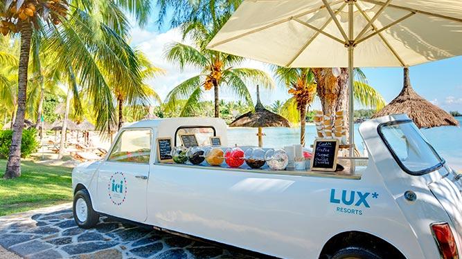Teens in Africa - Ice Cream in Mauritius
