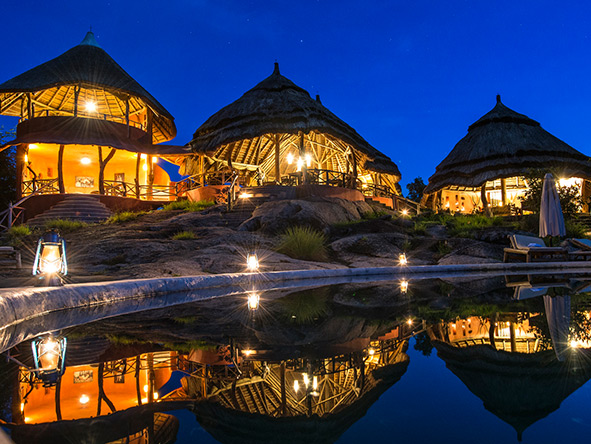 Mihingo Lodge - At Night