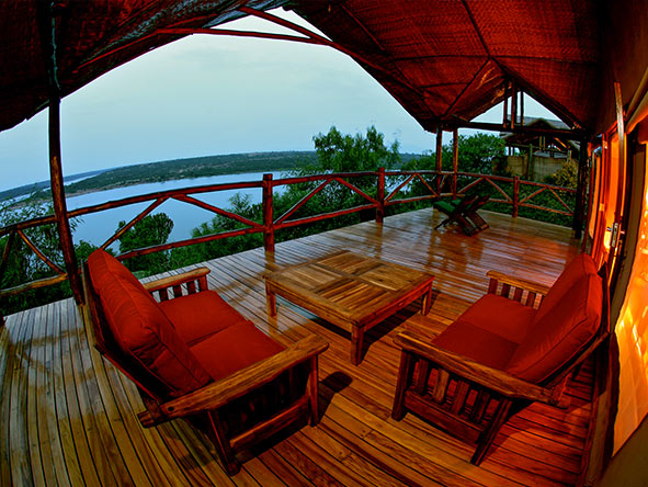 Mweya Safari Lodge - Private deck