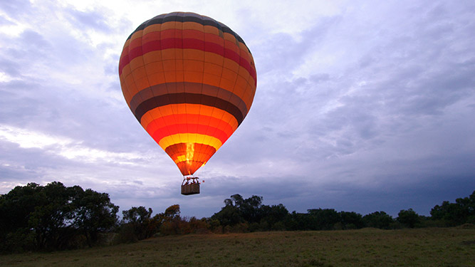 Is it safe to travel to Kenya? Balloon safari