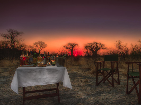 Ghoha Hills Savuti Lodge - Sunset drinks