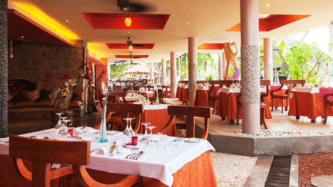 Top 10 Restaurants in Africa - Cafe des Arts