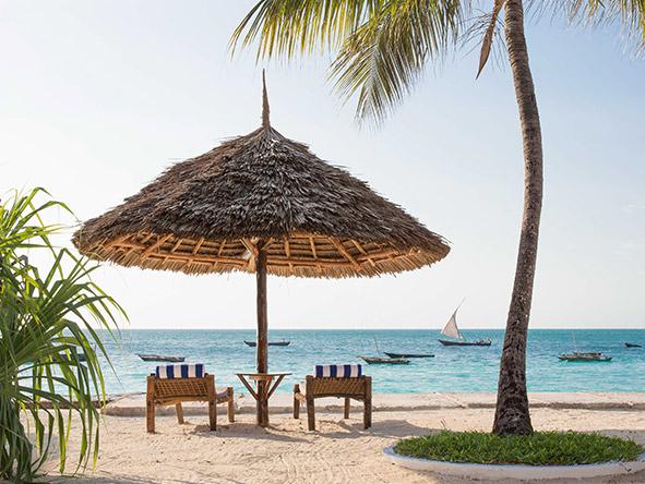 DoubleTree Resort by Hilton Hotel Zanzibar-Nungwi - Beach salas
