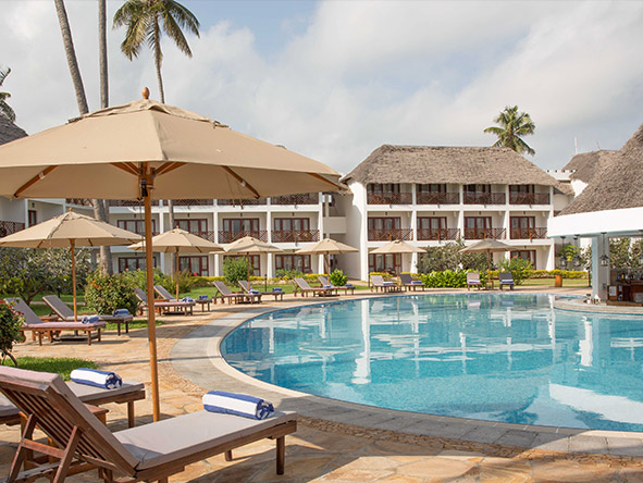 DoubleTree Resort by Hilton Hotel Zanzibar-Nungwi - Swimming pool