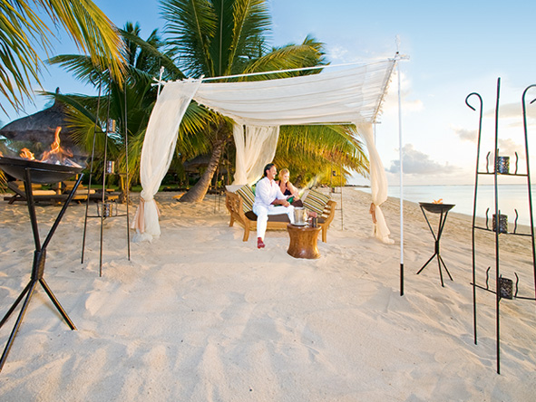 Spectacular Safari & Beach Escape - Lux Le Morne romance