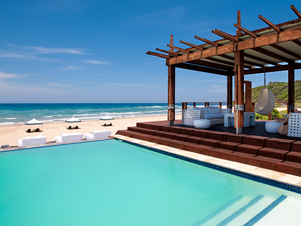 White Pearl Resort, pool