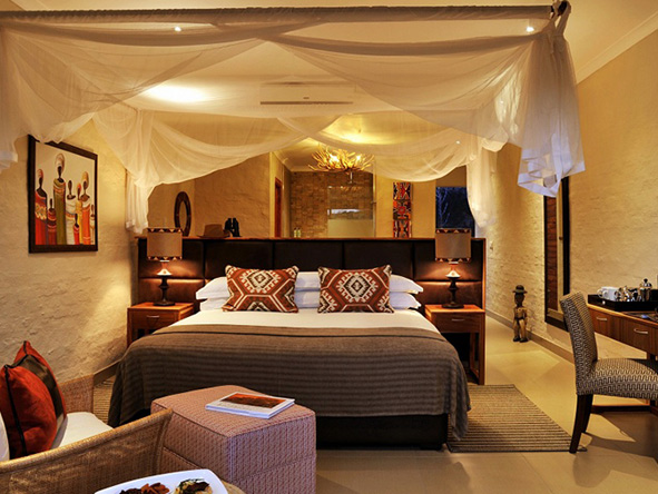 Victoria falls safari club - luxury suite