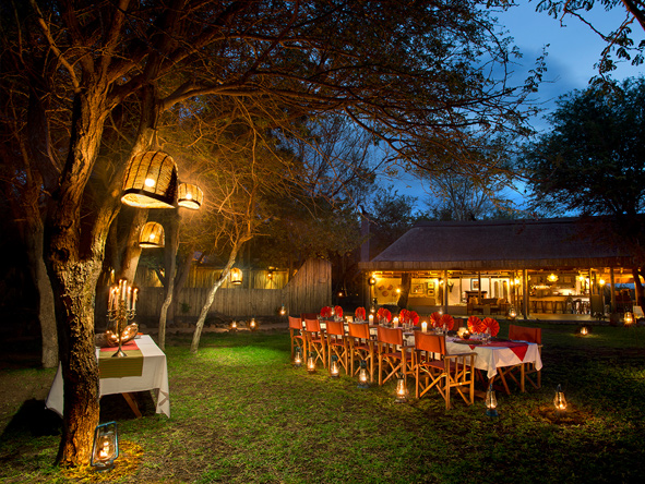 Romantic star-lit dinner at camp