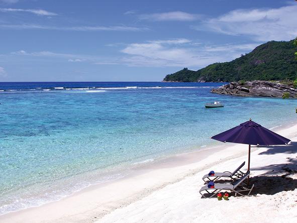 DoubleTree by Hilton Seychelles - beach