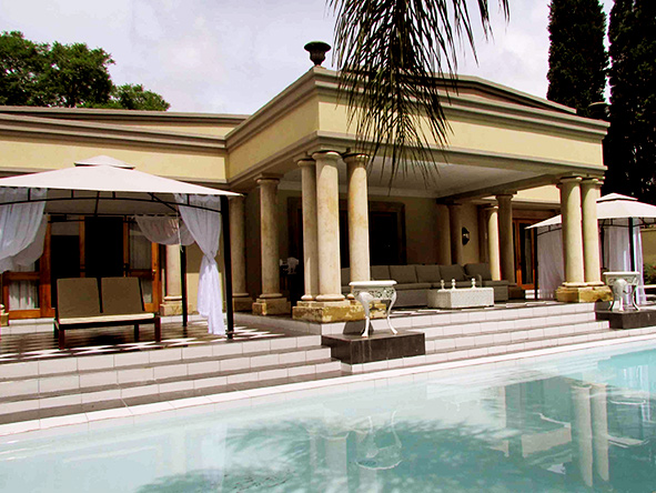 Fairlawns Boutique Hotel, Pool