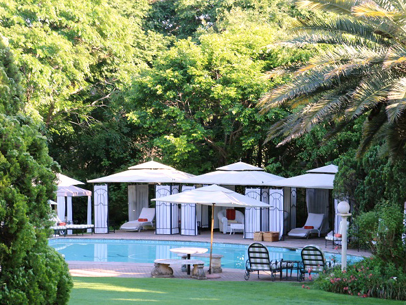 Fairlawns Boutique Hotel, Pool-side gazebo