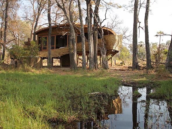 Private suites at Sandibe Okavango Safari Lodge