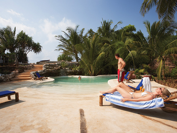 Zanzibar, pool side