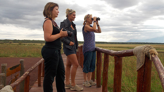 Why an African Travel Agent is Best - Mary, Ashley & Anja