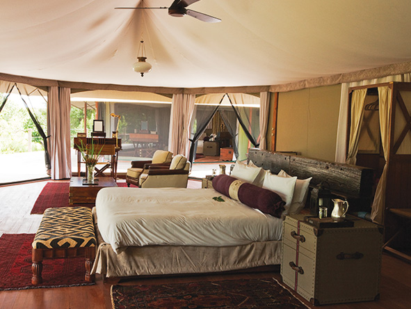 Mara Plains camp, tented luxury suite