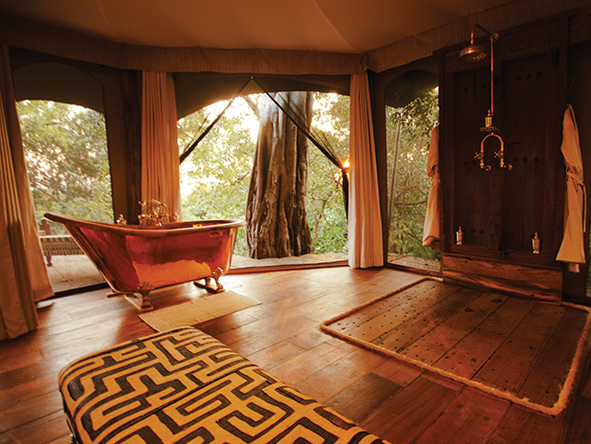 ensuite copper bathtub, mara plains camp