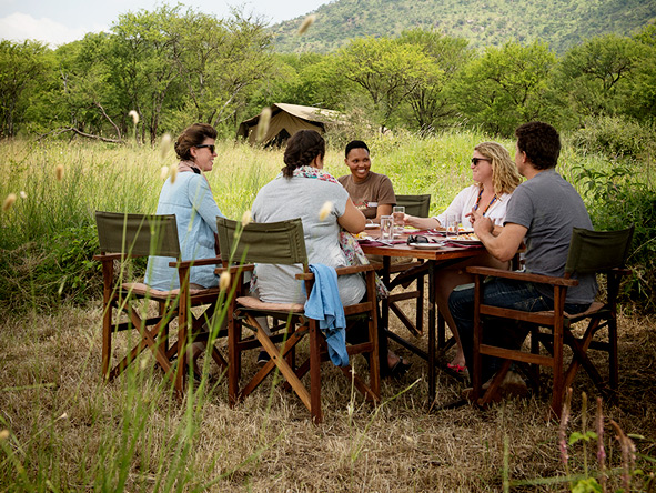 Picnics on safari, Dunia Camp
