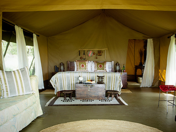 Dunia Camp, tent interior