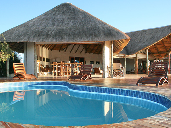 Nxai Pan Lodge, swimming pool
