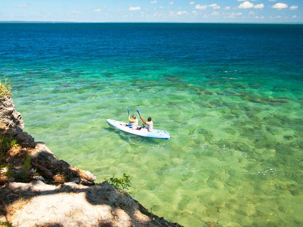 Quirimbas archipelago, canoe