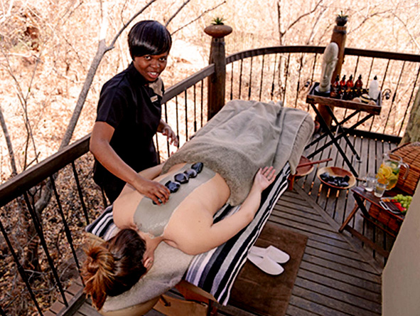 Etali Safari Lodge, Hot stone massage