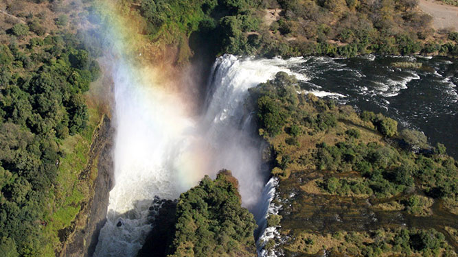 Top Tips on Booking Your African Safari - Victoria Falls