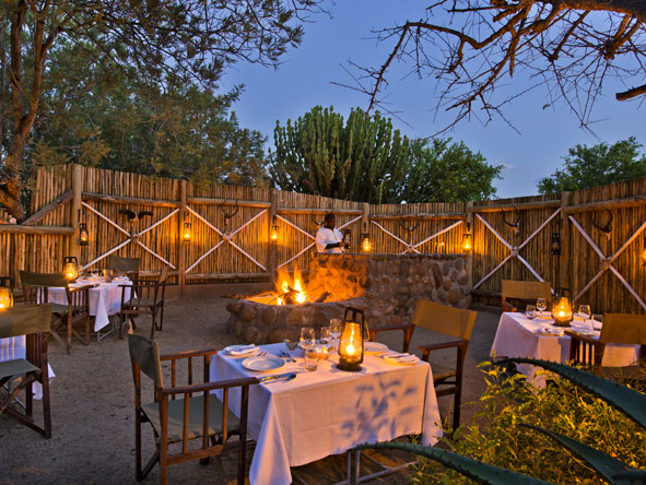 Geiger's Camp - open air boma