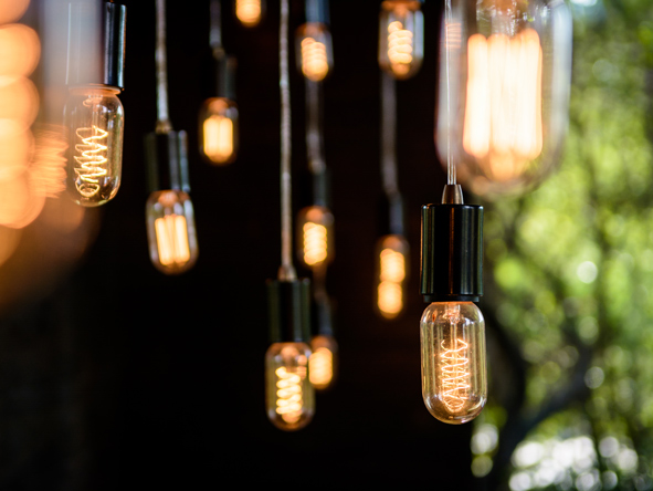 Singita Sweni, light bulbs