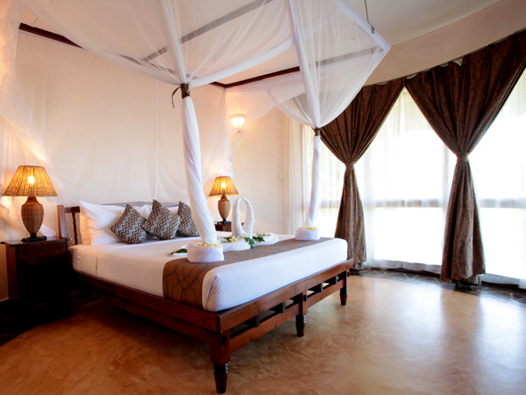 Ocean Paradise Resort, bedroom suite