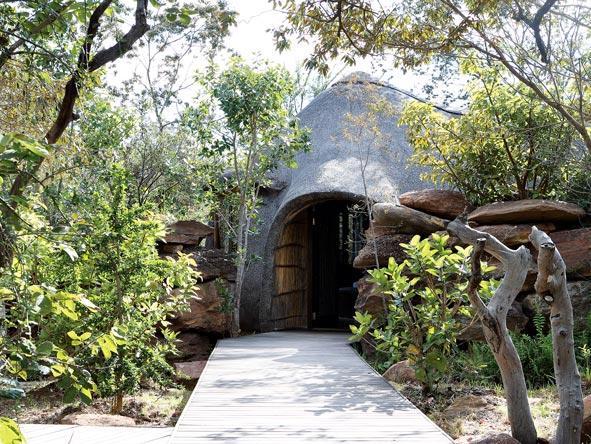 Zulu Camp suites