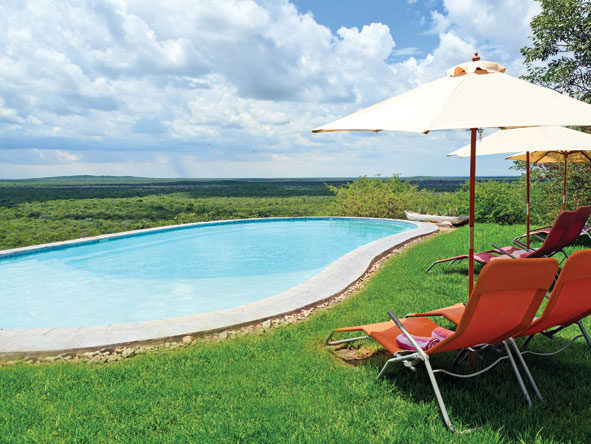 Etosha Safari Lodge, swimming pool