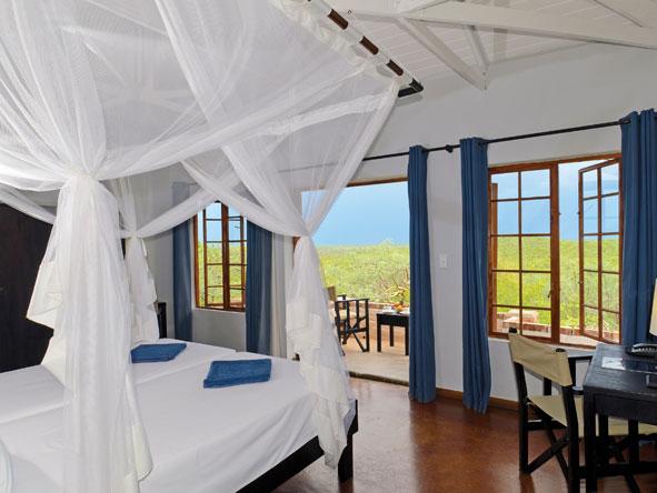 Etosha Safari Lodge, bedroom suite