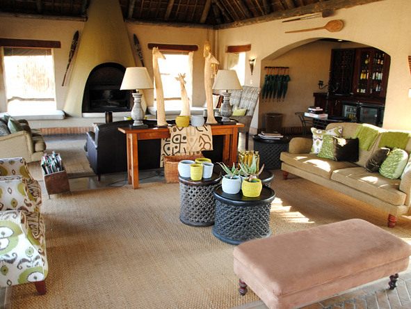 Simbambili, African decor