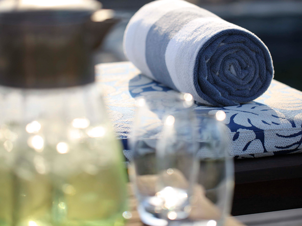 Phinda Zuka Lodge, pool side towels
